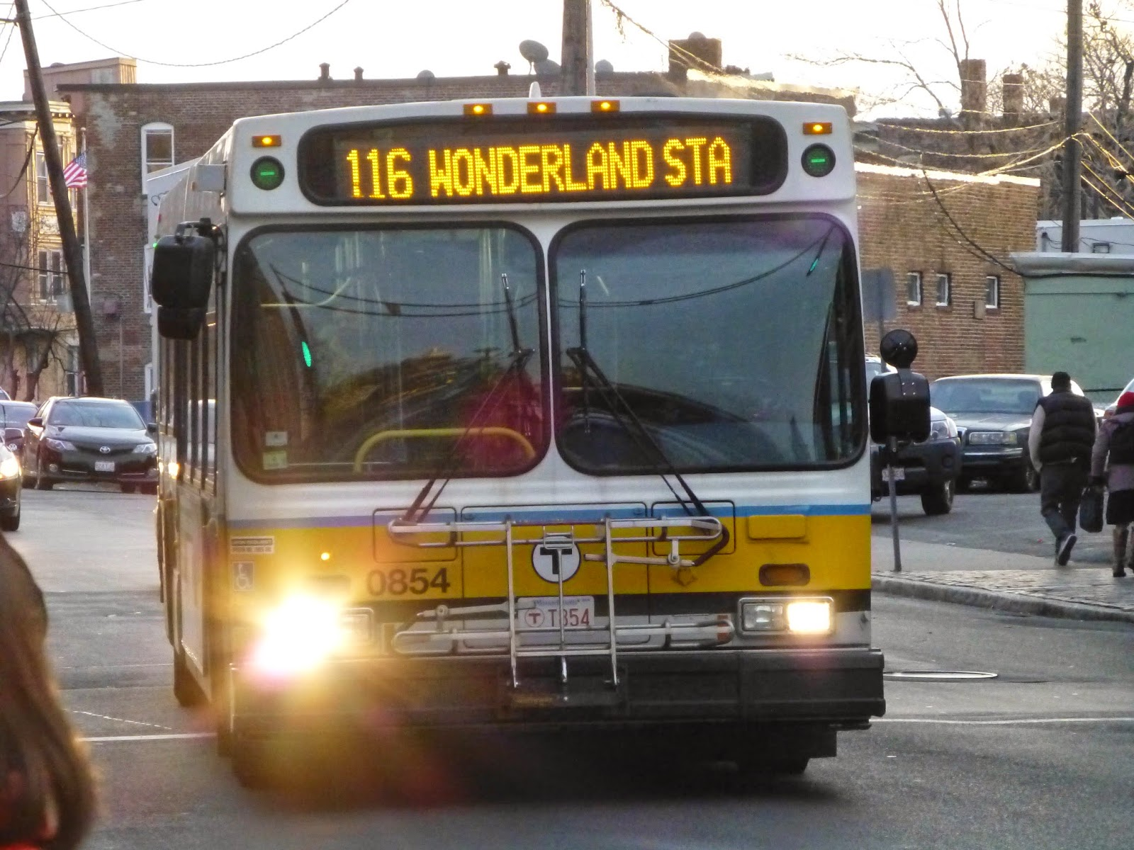 116/117 (Wonderland Station – Maverick Station via Revere Street or Beach Street)