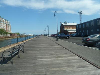 Long Wharf – Charlestown Navy Yard (Ferry)
