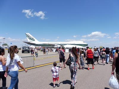 Random Photos: Quonset Air Show!