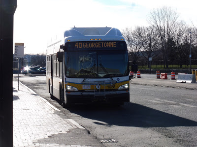 40 (Georgetowne – Forest Hills Station via Washington Street and West Boundary Road)